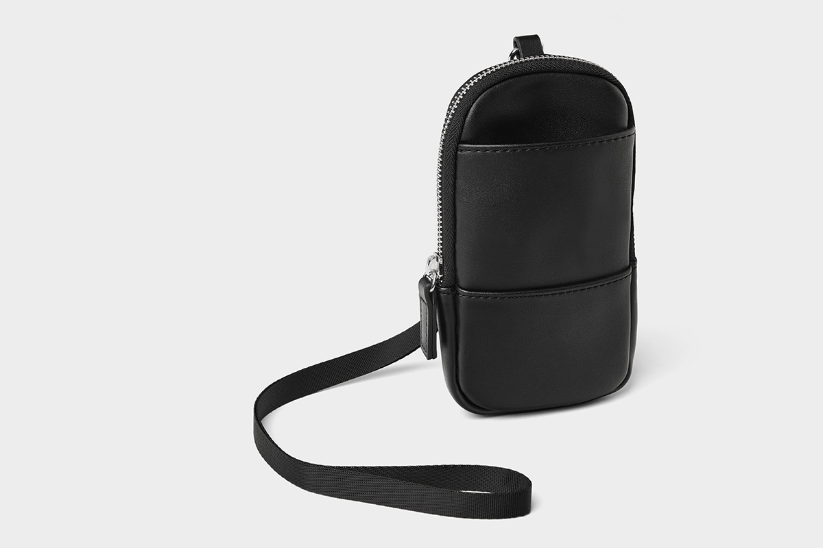 Mobile iPhone Carrying Case