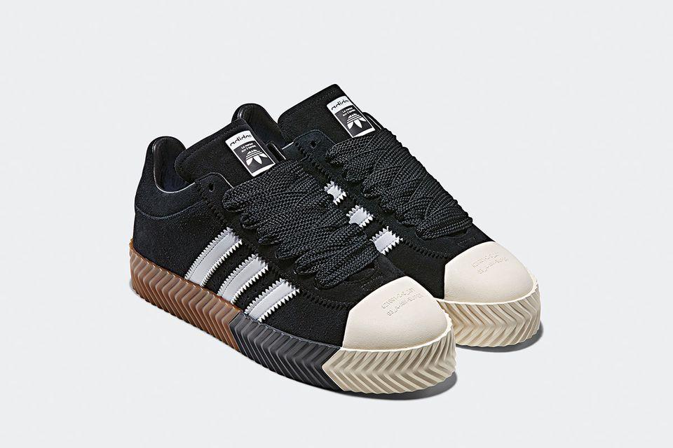 Skate Super Shoes