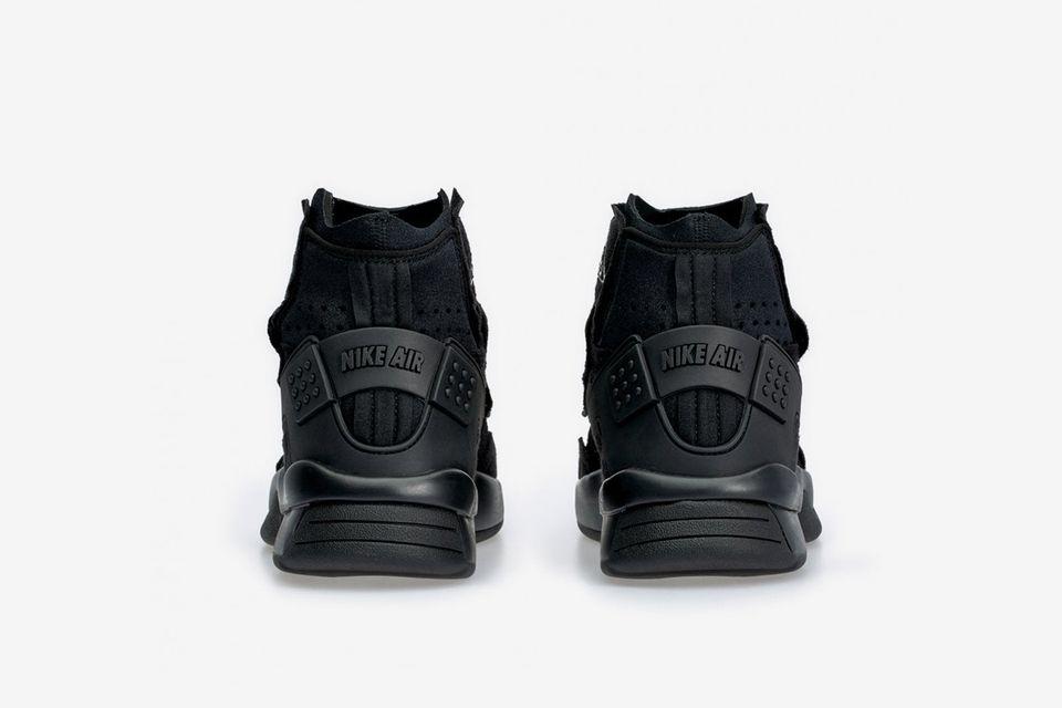 Air Mowabb Sneakers