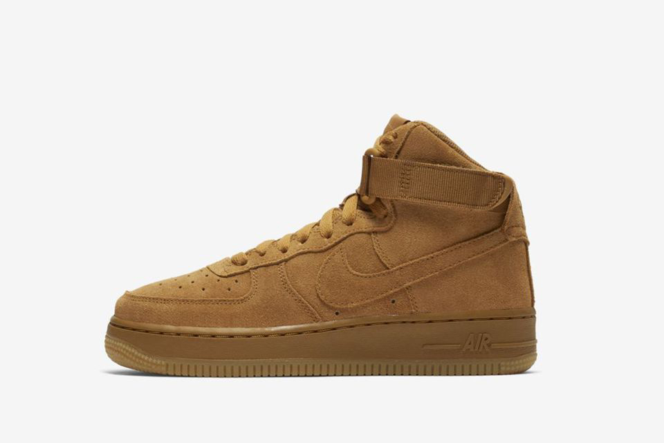 Air Force 1 High LV8