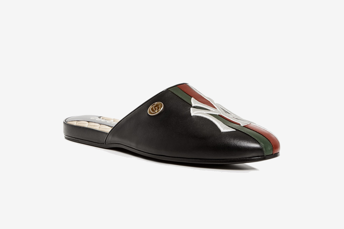 NY Yankees Leather Slipper