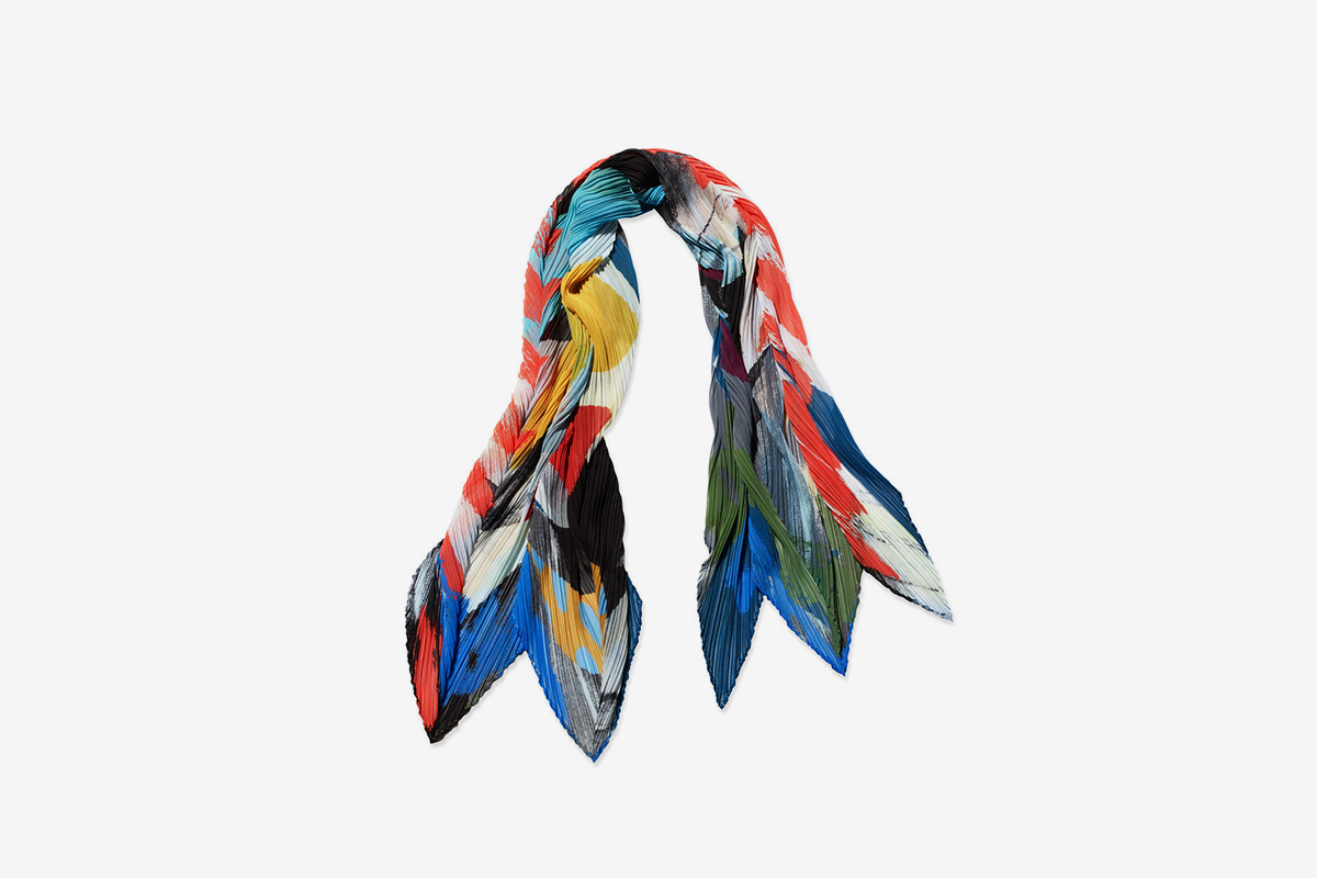 PLEATS PLEASE ISSEY MIYAKE Laughing Rope Scarf