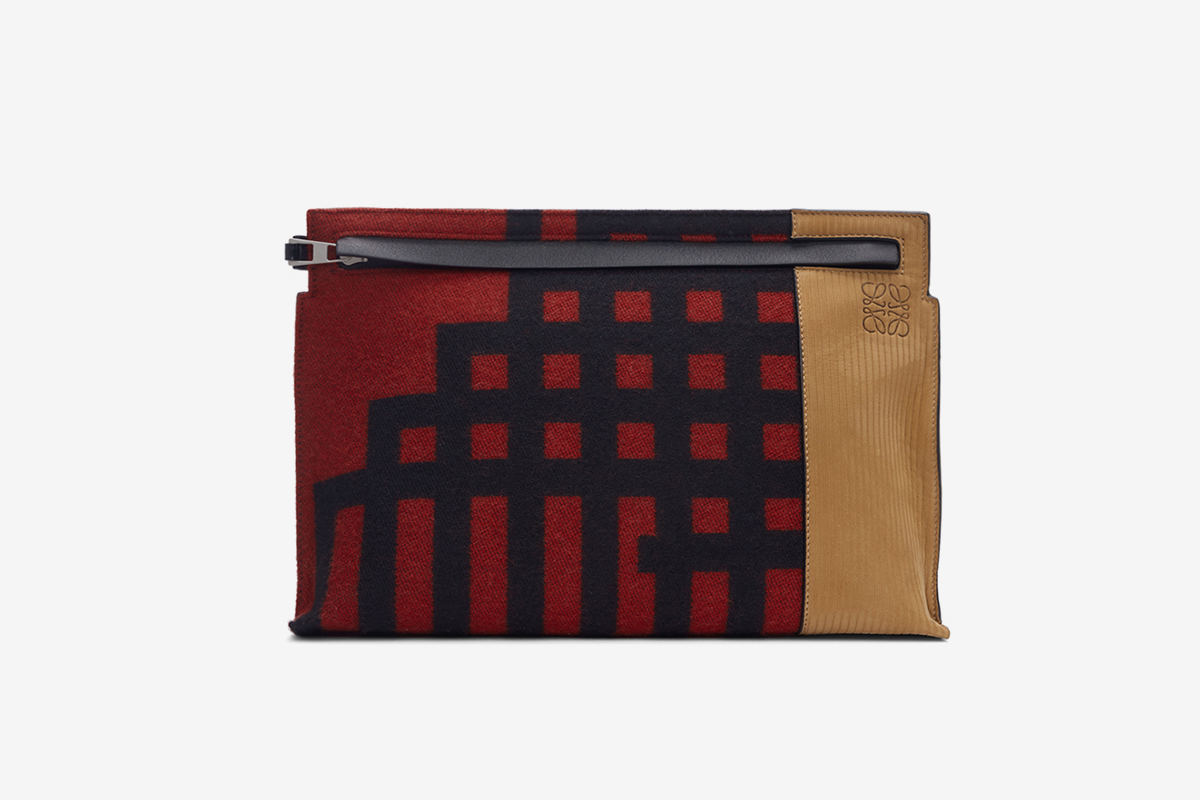 Grid T Pouch