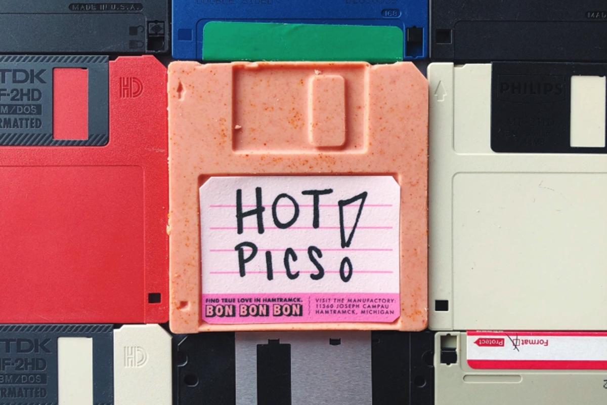 Hot Pics Disk