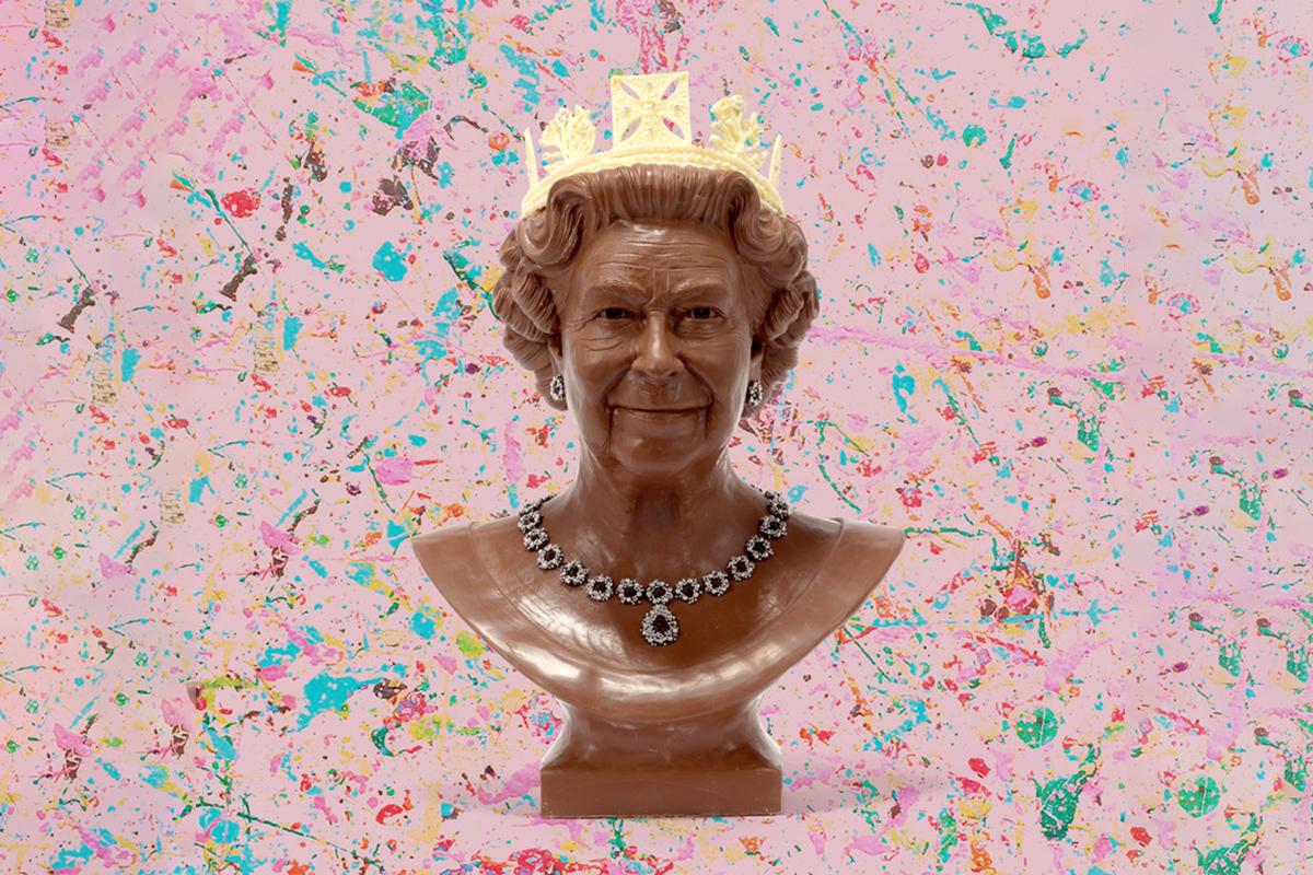 Queen Elizabeth 2 Sculpture