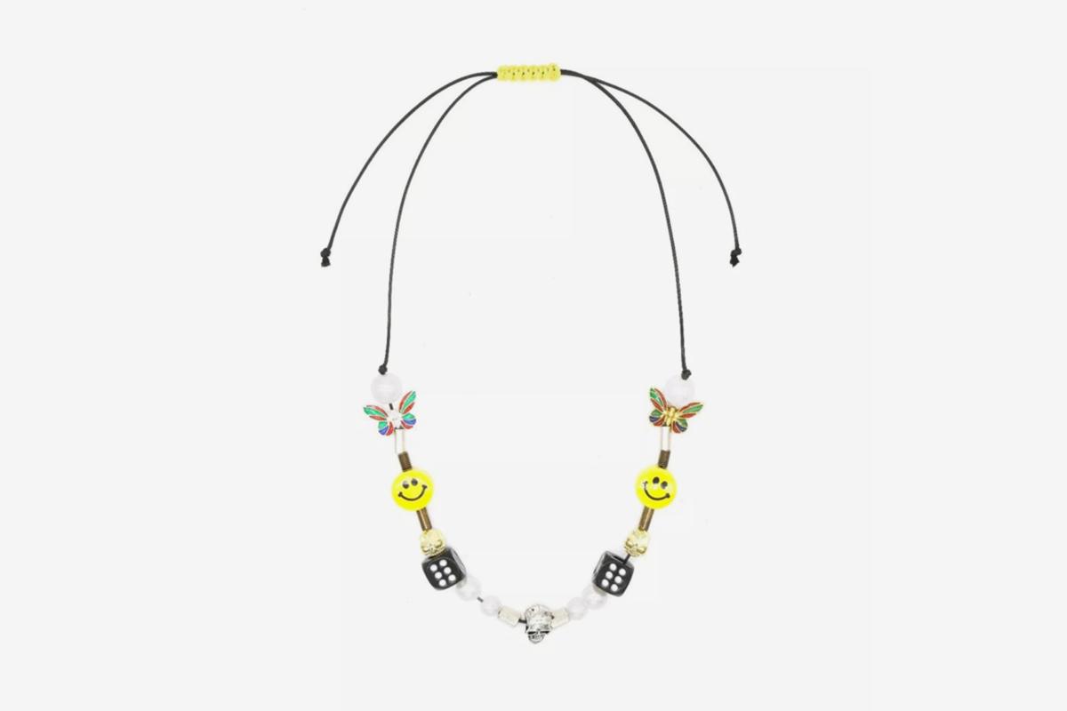 EVAE+ Smiley Pearl Necklace
