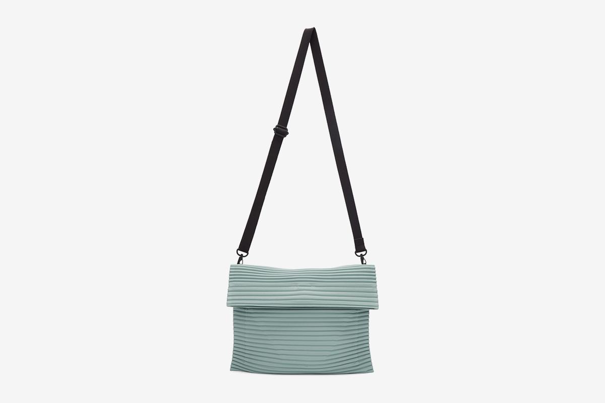 Pleats Flat Bag