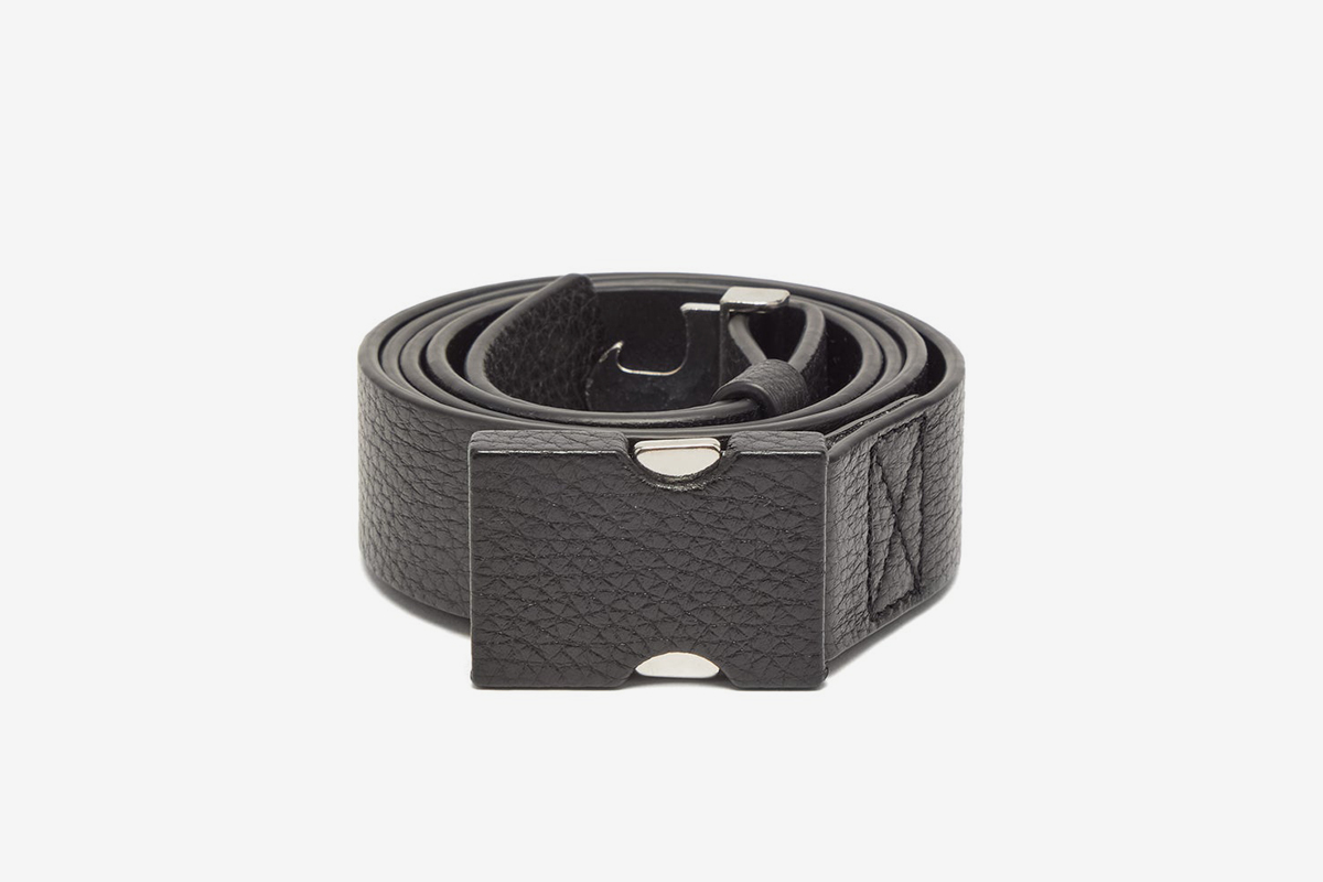 Buckled Grained Leather Belt
