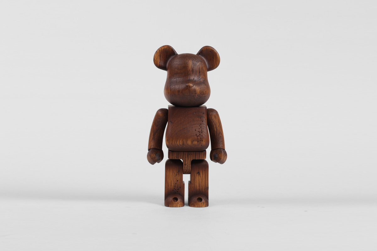 Be@rbrick 400% 'Antique Furniture'