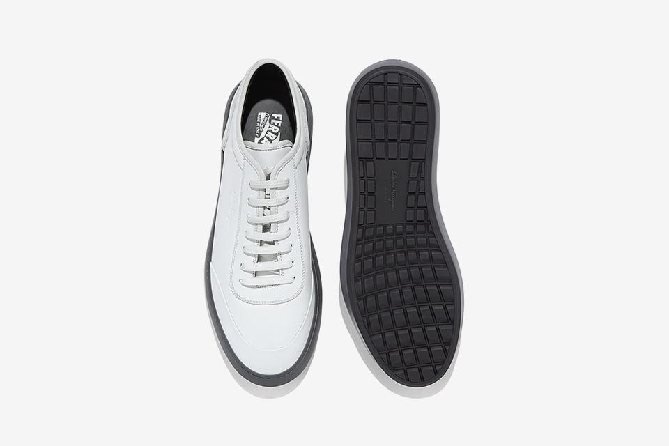 Low-Top Sneaker