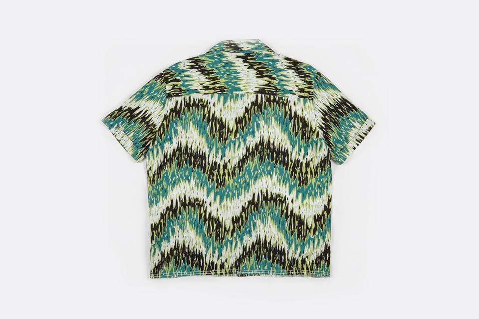 Spread Collar Shirt