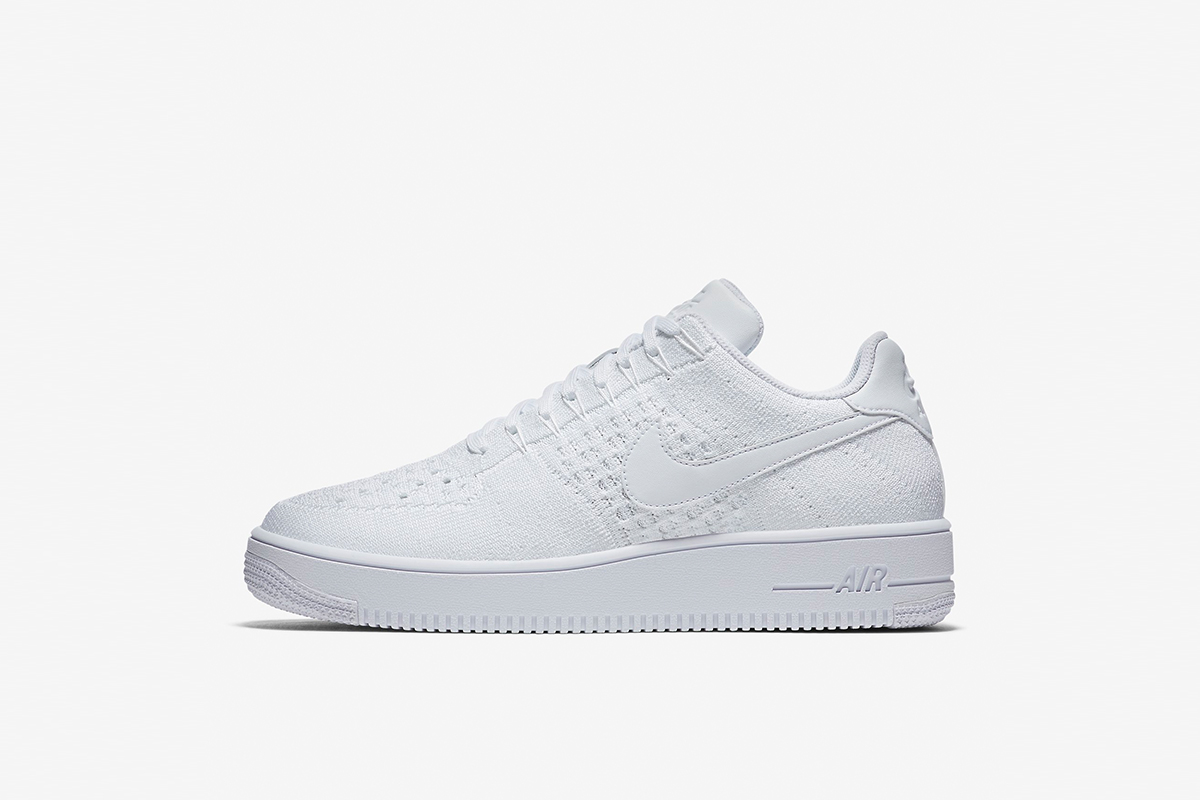 uk availability 6bfd4 a4d81 Nike Air Force 1 Ultra Flyknit Low