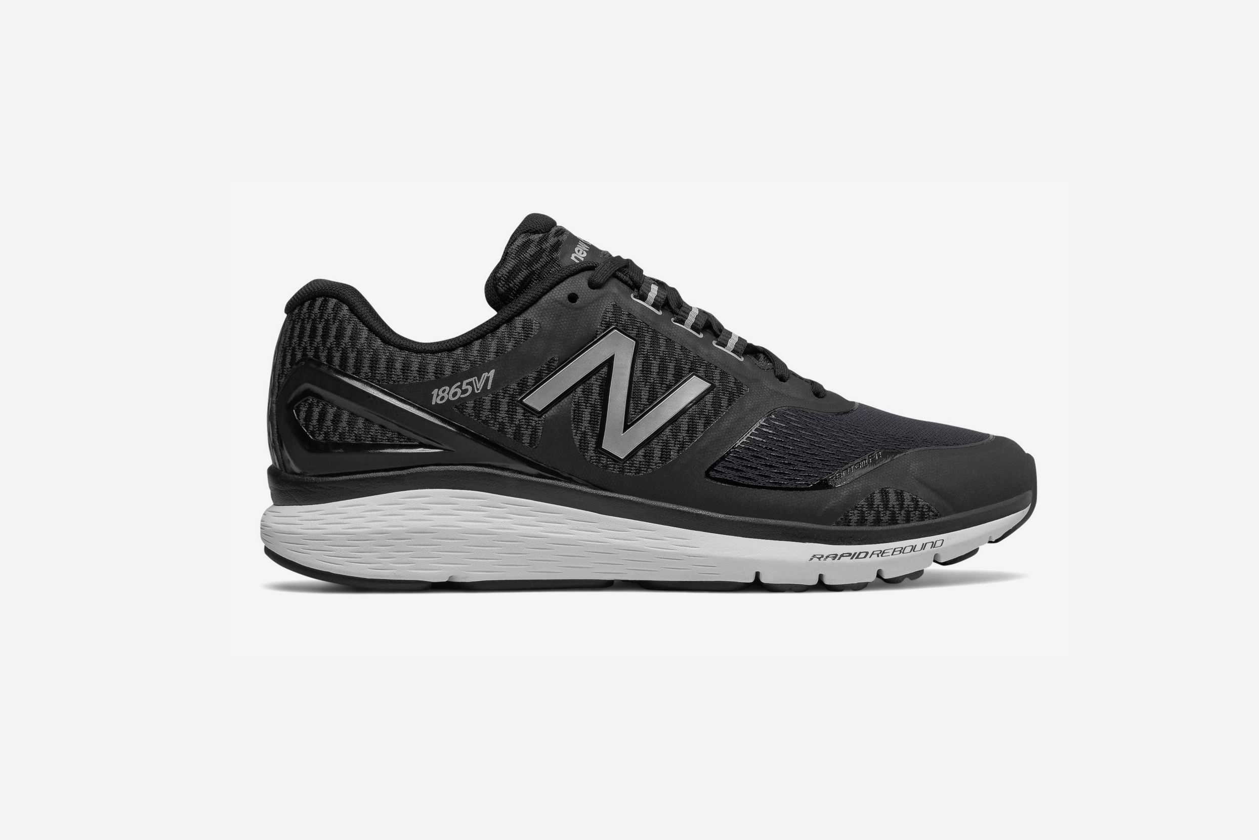 sélection premium 645a5 10cb9 New Balance USA Has Some Sweet Deals for Black Friday 2017