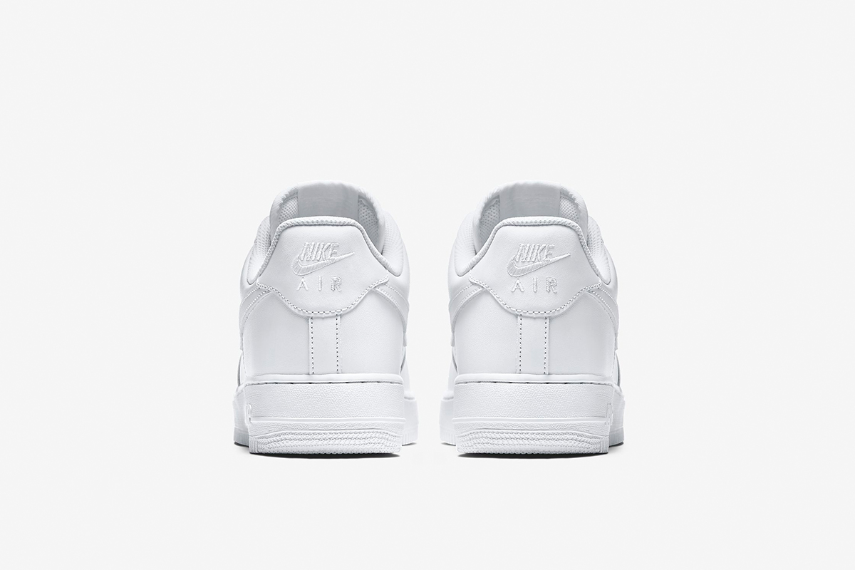 0f717254d 10 Classic Sneakers That Should Be in Any Collection