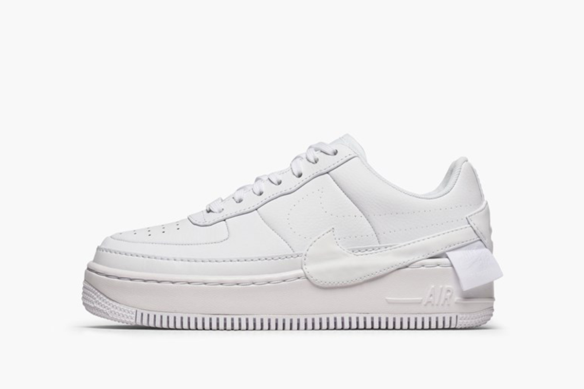 1be8dce8693 The 10 Best White Sneakers for Women in 2019