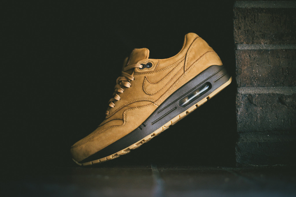 nike air max 1 flax collection