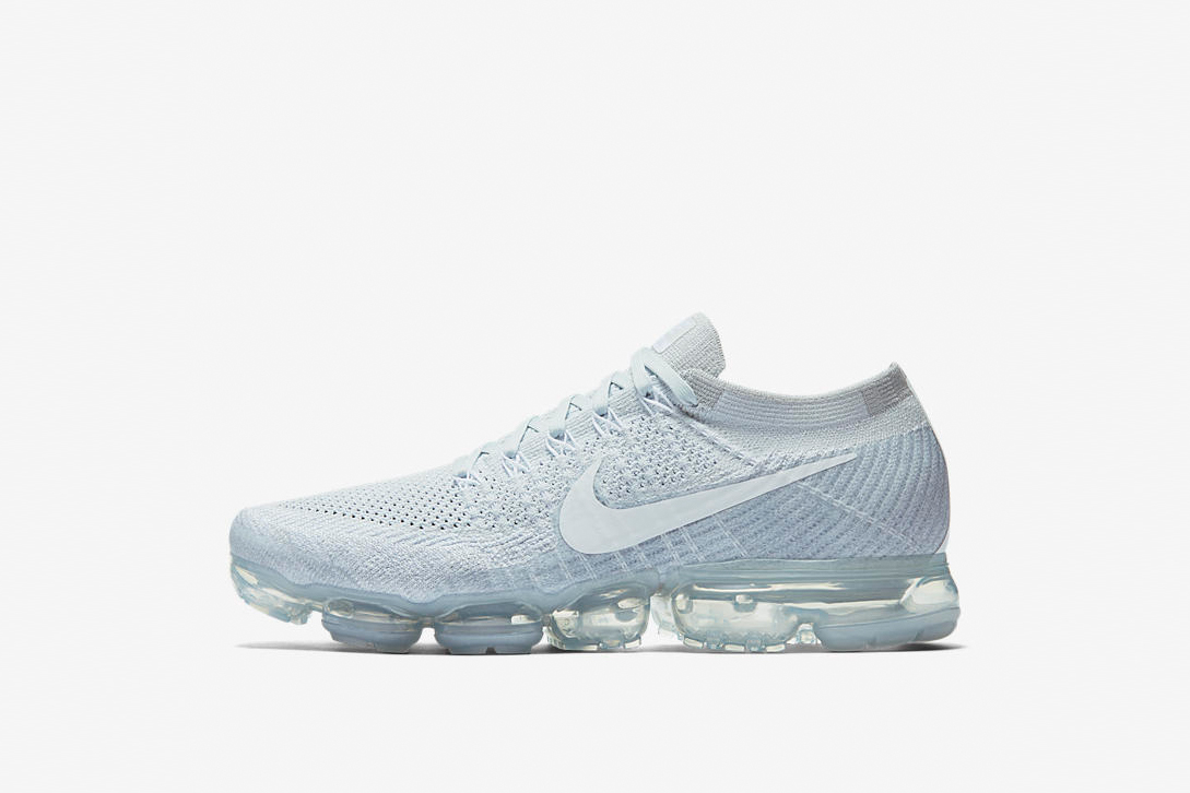 the latest 380d8 9571e Nike s VaporMax Drops in Two NikeLab Exclusive Colorways